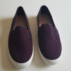Brand new Old Navy slip on shoes size 8